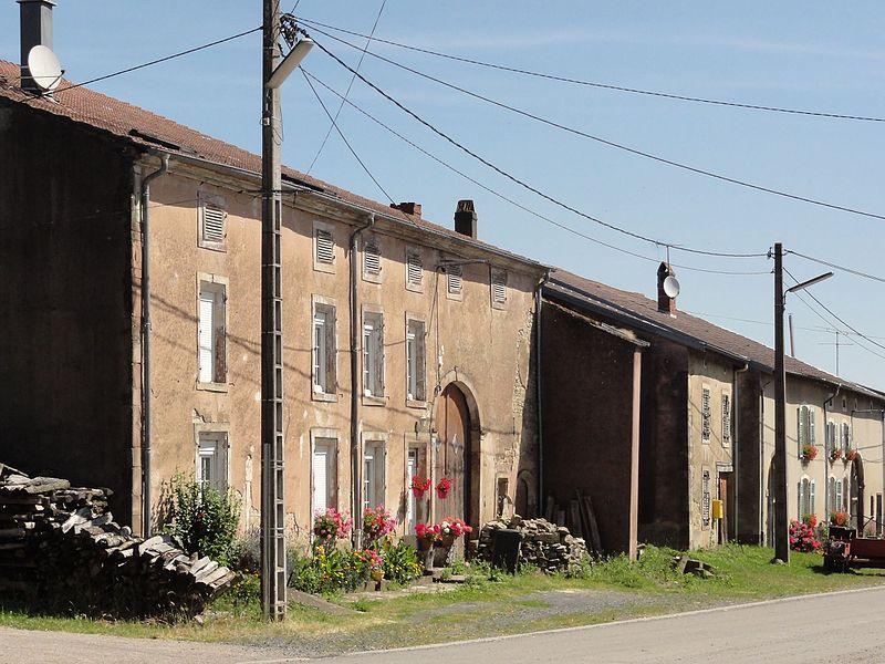 Vaxainville (M-et-M) la Grande Rue