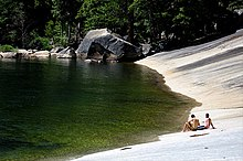 emerald pool wikipedia