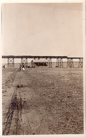 Hi-Line Railroad Bridge - Image: View North To High Bridge 1908