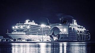 Viking Sky (ship, 2017) and GNV Cristal (ship, 1989).jpg