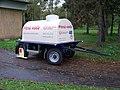 Vinoř, cisterna s pitnou vodou.jpg