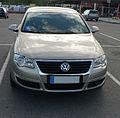 Volkswagen Passat B6-2.jpg