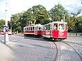 Vozovna Střešovice, linka 91, 2272 a 1202, opouští vozovnu.jpg