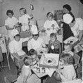 Wereldspaardag, feest in het Emmakinderziekenhuis te Amsterdam, Bestanddeelnr 914-4559.jpg