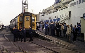 Weymouth Quay railway station 1986.jpg