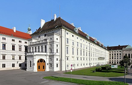 The Leopoldine Wing of Hofburg Imperial Palace in Vienna, home to the offices of the Austrian president Wien - Hofburg, Leopoldinischer Trakt.JPG