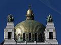 Wien - Otto-Wagner-Kirche am Steinhof - Kuppel mit hll Leopold und Severin.jpg