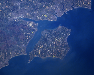 Solent - Satellite image showing the Solent, separating the Isle of Wight from mainland England
