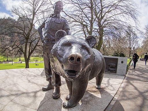 Wojtek (bear) statue in Princes Street Gardens