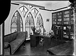 Woman working in an office (St Stephens) (4903876344).jpg