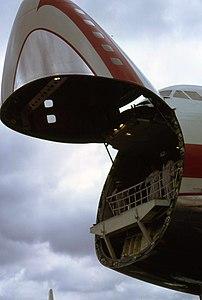 World Airways B-747 N748WA 02.jpg