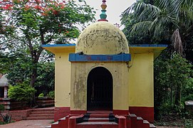 World Peace Pagoda at University of Chittagong (11).jpg