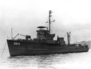 USS YMS-324 in San Francisco Bay, c. 1945–46
