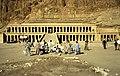 Ägypten 1999 (367) Theben West- Totentempel der Hatschepsut (29225538885).jpg
