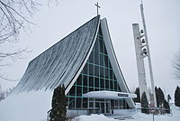 Église Saint-Raphaël, Jonquière02.JPG