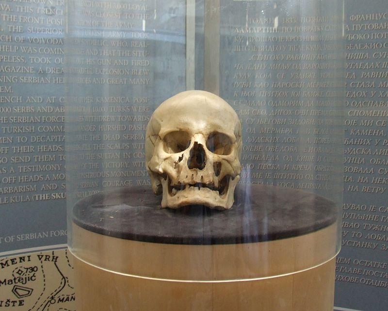Ćele Kula  800px-%C4%86ele-kula_-_Stevan_Sin%C4%91eli%C4%87_skull