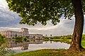 Москва. Большой пруд в Лефортовском парке (15003966947).jpg