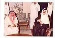 الأديب طاهر زمخشري مع الأمير فيصل بن فهد - جائزة الدولة التقديرية للأدب 1405-1985.jpg