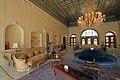 سالن پذیرایی اصلی عمارت عفیف آباد شیراز.jpg