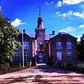 -Gefotografeerd door Patty Mayele-Kasteel Geusselt is een 17e eeuws kasteel gelegen in de wijk Amby, gemeente Maastricht 2013-09-17 14-03.jpg