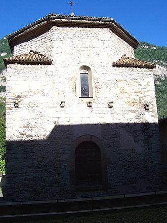 Riva San Vitale - Image: 03Battistero Riva S Vitale