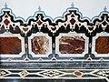 095 Església de Sant Miquel dels Reis (València), presbiteri, arrambador de marbre.jpg