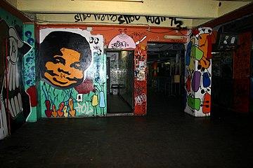 1035 - Milano - Centro Sociale Leoncavallo - Foto Giovanni Dall'Orto 11-5-2007.jpg