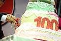 12.24 副總統伉儷一同切下慶祝靜修女中創校百年的生日蛋糕 (31717846701).jpg