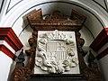 130 Sant Miquel dels Reis (València), cripta, escut de la tomba de Ferran d'Aragó.jpg