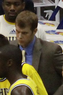 20091219 Patrick Beilein in the Michigan Wolverines Basketball Team in Huddle.jpg