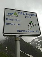2015 Mountain pass cycling milestone – Tourmalet Luz-Saint-Sauveur.jpg