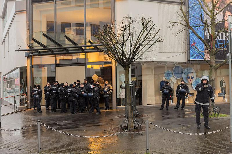 File:2016-01-30 Demonstration Büdingen -2739.jpg
