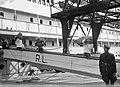 Aankomst M.S Indrapoera uit Nederlands-Indië met aan boord Duitsers, Oostenrij, Bestanddeelnr 902-2450.jpg