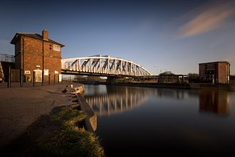Acton Bridge - Image: Acton swing bridge
