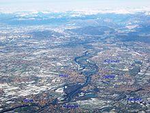 Visuale area del corso dell'Adda dal ramo di Lecco del lago di Como a Vaprio d'Adda, con indicazione dei principali paesi