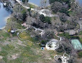 Neverland Ranch come appariva nel 2008 dopo che Jackson l'abbandonò nel 2005.