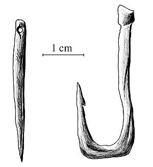 Solutrean - Image: Aguja y anzuelo Paleolitico