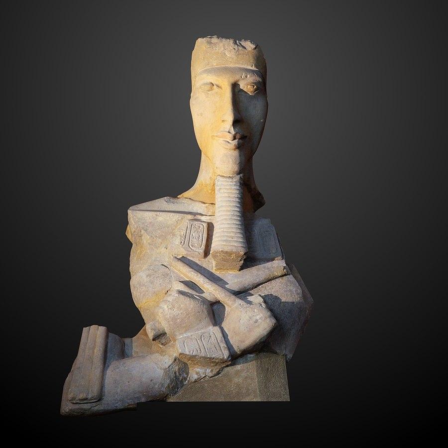 Akhenaten-E 27112