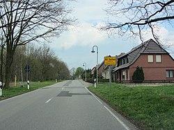 Alt Zachun Hauptstraße 2012-04-25 040.JPG