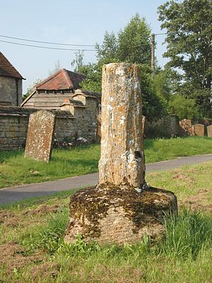 Ambrosden - St Mary the Virgin parish church: base and broken shaft of 14th- or 15th-century churchyard cross