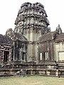 Angkor Wat Gopuram 14.jpg