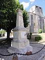 Annepont (Charente-Maritime) monument aux morts devant Église Saint-André PA00104592.JPG