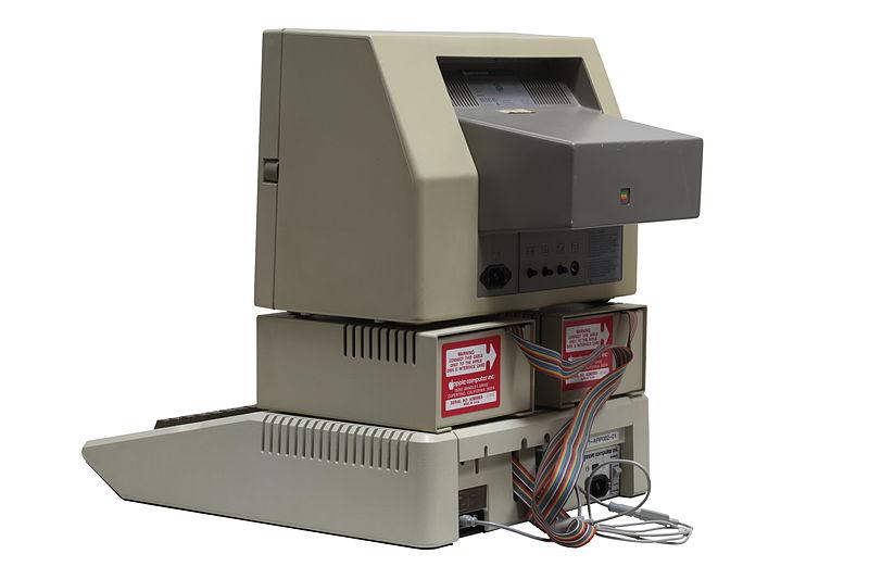 File:Apple II-IMG 7062.jpg