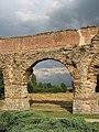 Aqueduc gallo-romain du Gier Plat de l'air une arche est.jpg