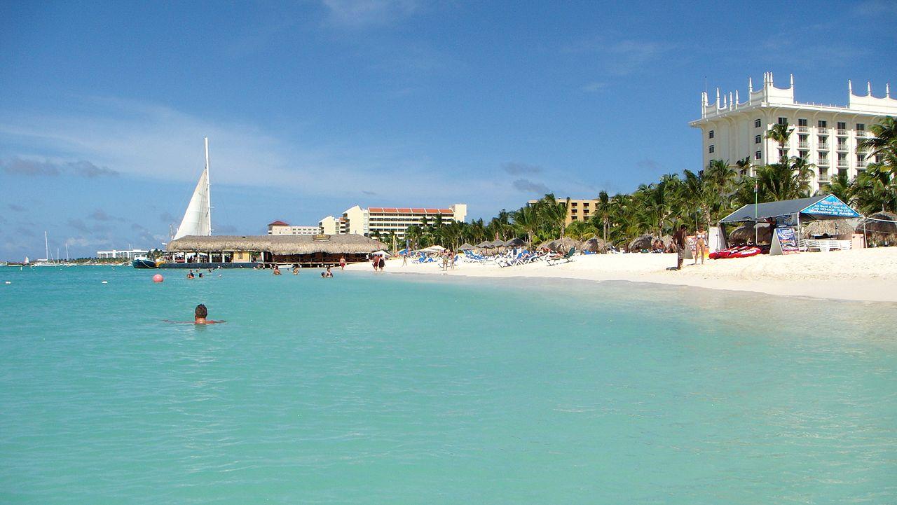Palm Beach Aruba Snorkeling