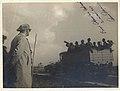 Atatürk askerî tatbikatta askerleri izliyor.jpg