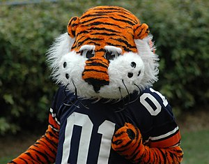 Mascot Hall of Fame - Image: Aubie 01