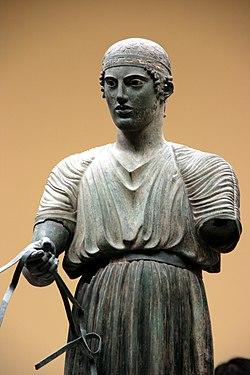 Auriga de Delfos (474 a.C.), Museo Arqueològic de Delfos (Grècia).jpg