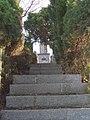 Auvelais Cimetiere Francais escalier Belgium 20070101 (02) Didier Misson.JPG