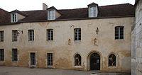 Auxerre - Façade de la salle capitulaire.jpg